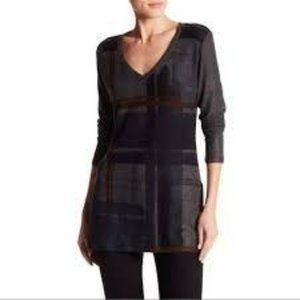 Go Couture NWT V Neck Sweater Tunic Top M